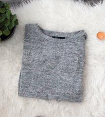 Új pihepuha Reserved masnis pulóver