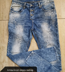 Amisu kicsit ülepes nadrág