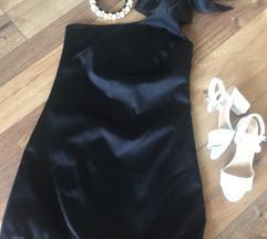 Fekete koktélruha + ajándék nyakék