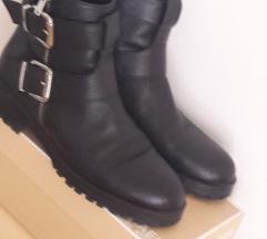Zara 41-es bőr bakancs/bokacsizma