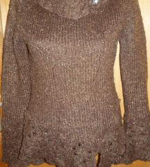 Gyönyörű, egyedi kötött pulóver