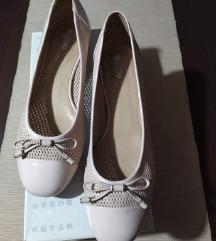 Geox rózsaszín bőr cipő