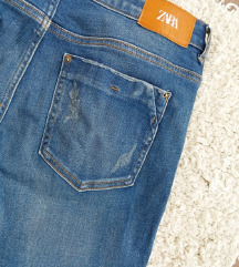 Zara mid-rise skinny 38