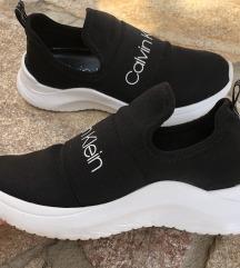 Eredeti alig használt Calvin Klein cipő