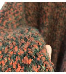 Különleges pulóver