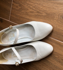 Bőr pántos esküvői cipő 36-os