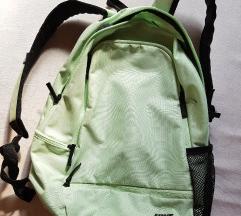 Új háti táska eladó  Nike