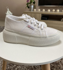 Superga platform cipő /24cm/ 🤍