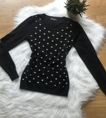 Pöttyökkel díszített pulóver S