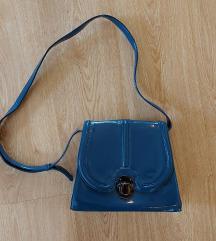 Bershkás kék lakk táska
