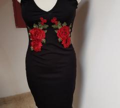 Rózsás pántos ruha