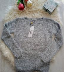 Címkés Cache Cache szürke fluffy pulcsi XS