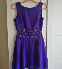 Lila alklami ruha
