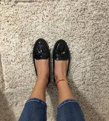 Lakk topánka
