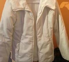 Fehér színű átmeneti kabát