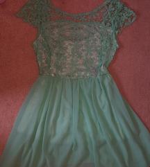 Gyönyörű csipkés menta ruha