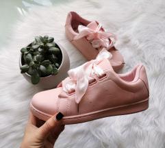 Pasztell rózsaszín cipő 40 Új 🌸