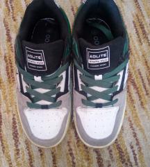 Deszkás cipő 38-as 2544107a34