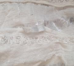 Fehér ezüst szállal szőtt flitteres sál