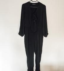Fekete jumpsuit INGYEN kezeslábas