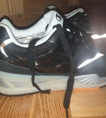 Eredeti új Champion pro space 44-es cipő