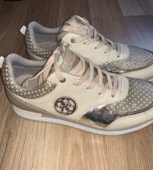 Eredeti Guess cipő 38