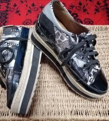Platform mintás cipő