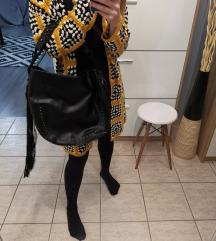 Mango nagy fekete rojtos táska