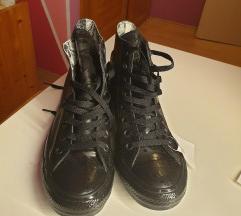 Converse hosszú szárú tornacipő