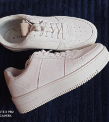 Sneaker cipő