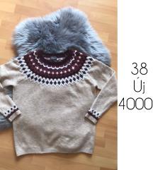 38 kotott meleg pulcsi