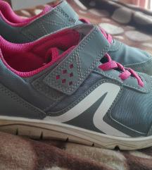 Decathlon quechua cipők