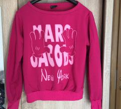 Rózsaszín pulcsi