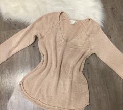Púderszínű pulcsi