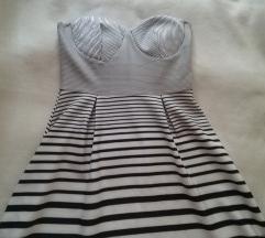 Fekete-fehèr csíkos ruha L   40