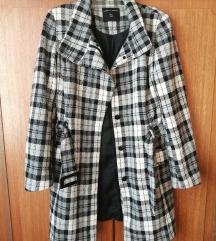 Kockás női kabát