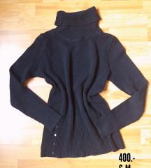 Fekete garbó pulcsi
