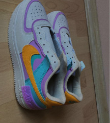 Replika Nike-Air Force 1 colour-block