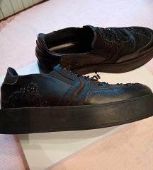 Eredeti cipők guess twinset 38.5