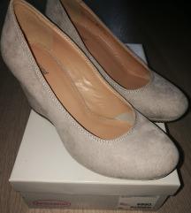 Új 38-as cipő