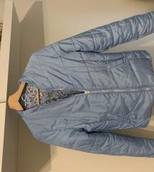 Világos kék átmeneti kabát