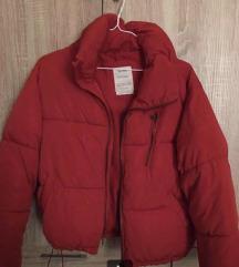 Piros pufi kabát bershka