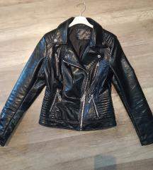 Fekete steppelt biker dzseki