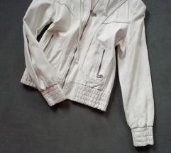 Fehér bőrkabát