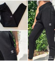 Új, címkés Adidas nadrág AKCIÓ