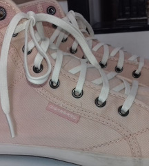 Rózsaszín bokacipő/tornacipő