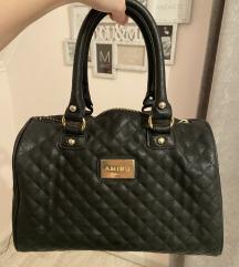AKCIÓ/Kis fekete táska