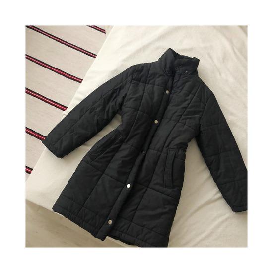 LEÁRAZVA! Egyszerű pufi kabát