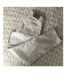 Fehér vintage mom jeans