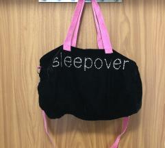 sleepover bársony táska